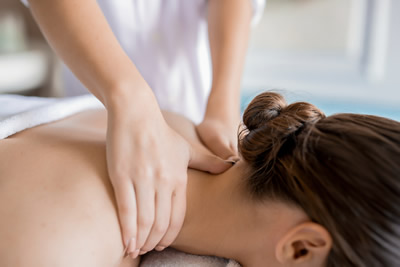 massage therapist at lake of the ozarks